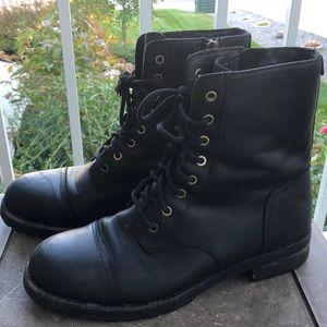 UGG Kilmer Black Fur Lined Combat / Moto Boots - Size 9.5